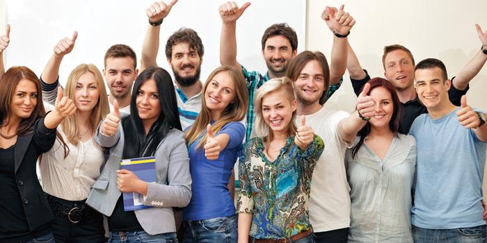 El graduado en ESO para adultos en Madrid destaca frente a otros títulos de formación durante este curso