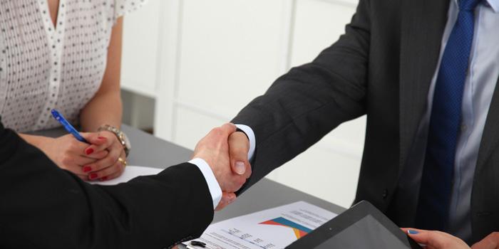 INAV firma un acuerdo con el Grupo ATU para facilitar el acceso al Título de ESO online en toda España