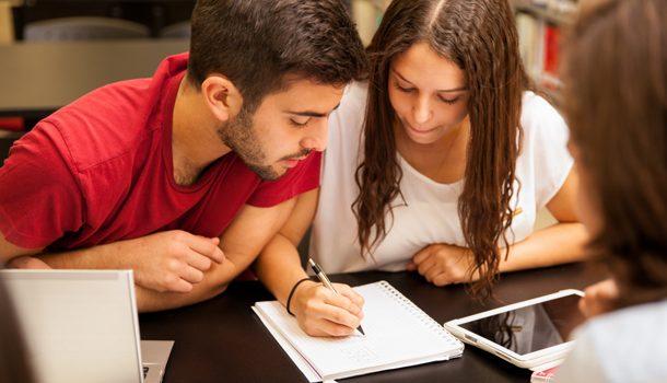 Un total de 10.988 inscritos realizan hoy las pruebas de acceso a la FP de Grado Medio y Superior