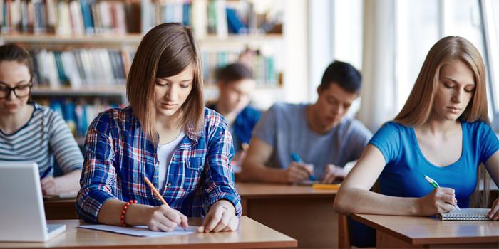 Galicia, Castilla y León y Asturias unen fuerzas para mejorar la educación y reducir el abandono escolar al 15%
