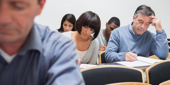 La ineficacia de la repetición de curso y las ventajas del apoyo y el refuerzo