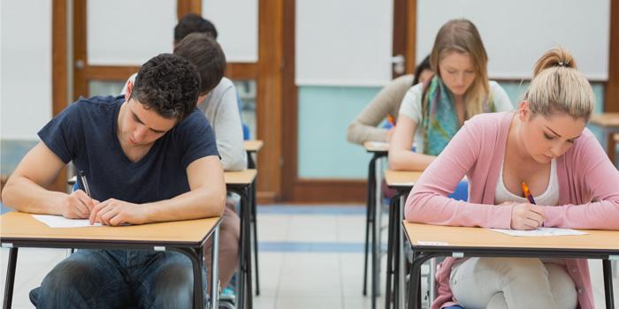 Más de 1.400 mayores de 18 años se presentarán a las pruebas libres para el graduado ESO en Murcia