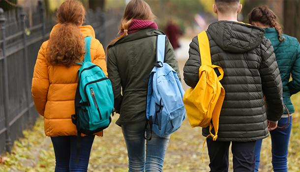 El descenso de la natalidad provoca la primera bajada en el número de alumnos de ESO en Cataluña
