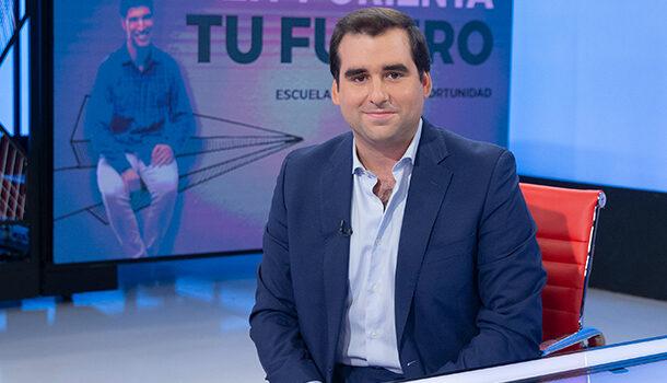 """Javier de los Bueis: """"Alumnos de 16 y 17 años, por razones médicas, pueden estudiar la ESO online con nosotros"""""""